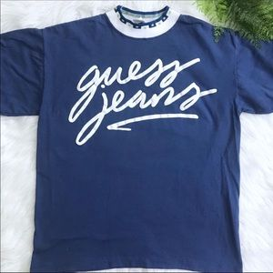 Guess Jeans Vintage T-shirt with Decorative Collar
